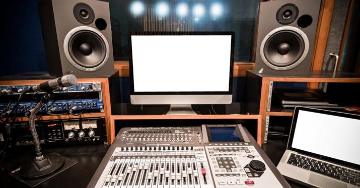 یک استودیو خوب موسیقی باید چه ویژگی هایی داشته باشد ؟