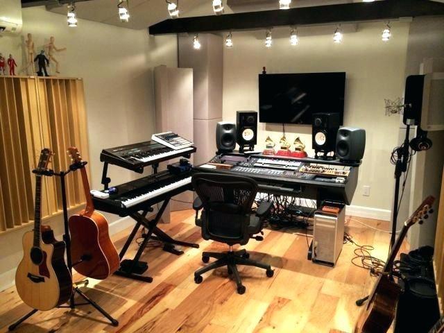 خدمات قابل ارائه در استودیو های موسیقی شامل چه مواردی می شود ؟