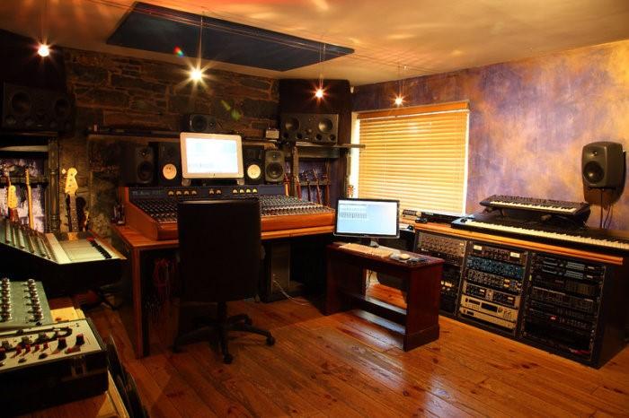 آیا داشتن تجربه و همچنین دانش برای راه اندازی استودیو موسیقی ضروری است ؟